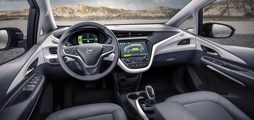 Opel Ampera-e интерьер