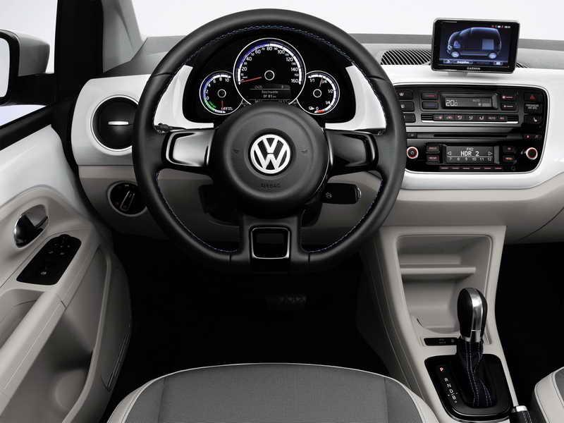 Volkswagen e-up! интерьер