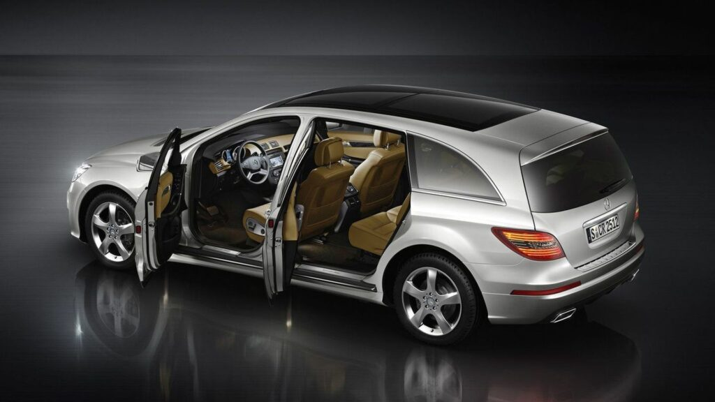 Mercedes-Benz электромобиль GLR