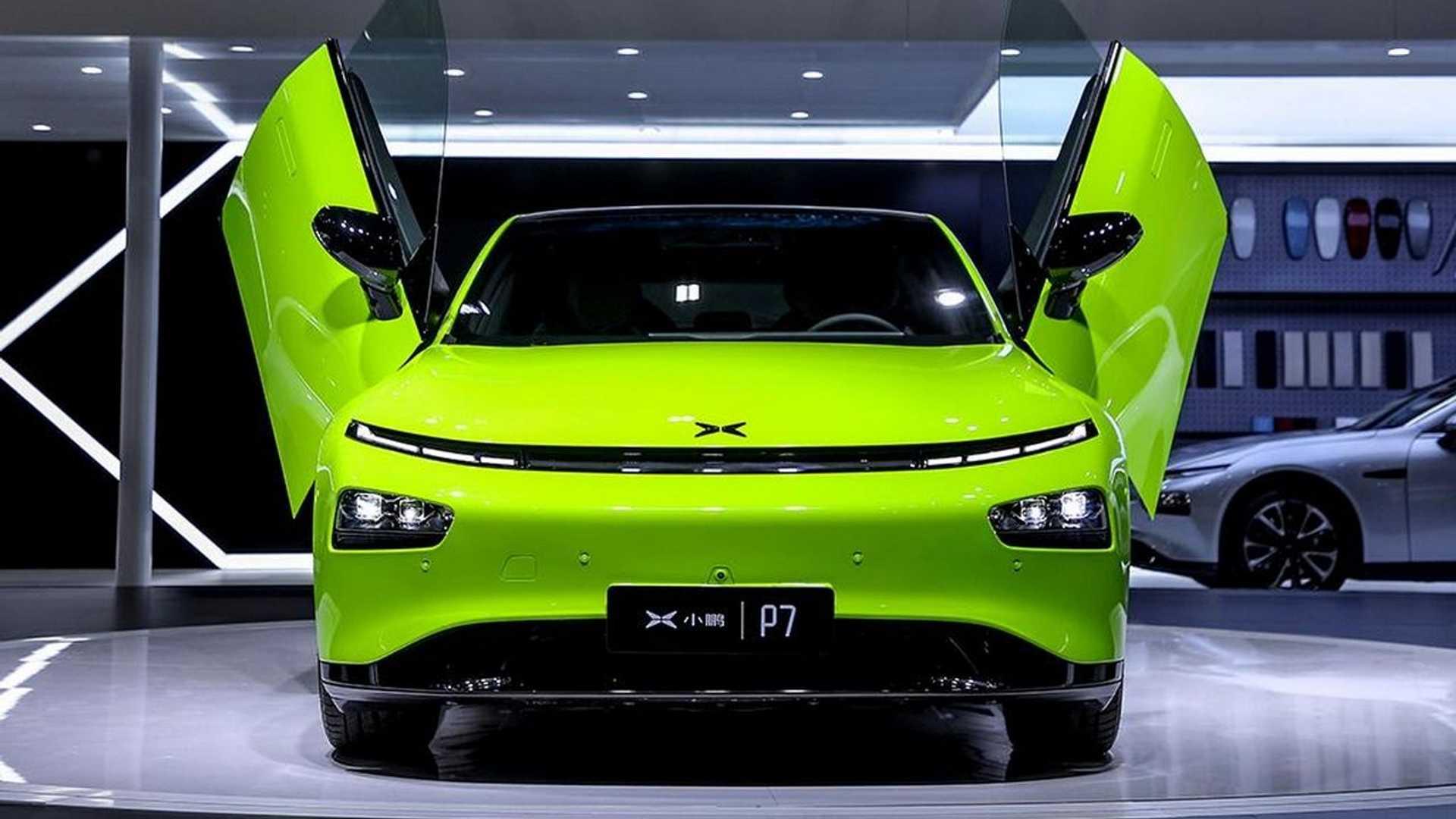 Xpeng P7 Wing электромобиль