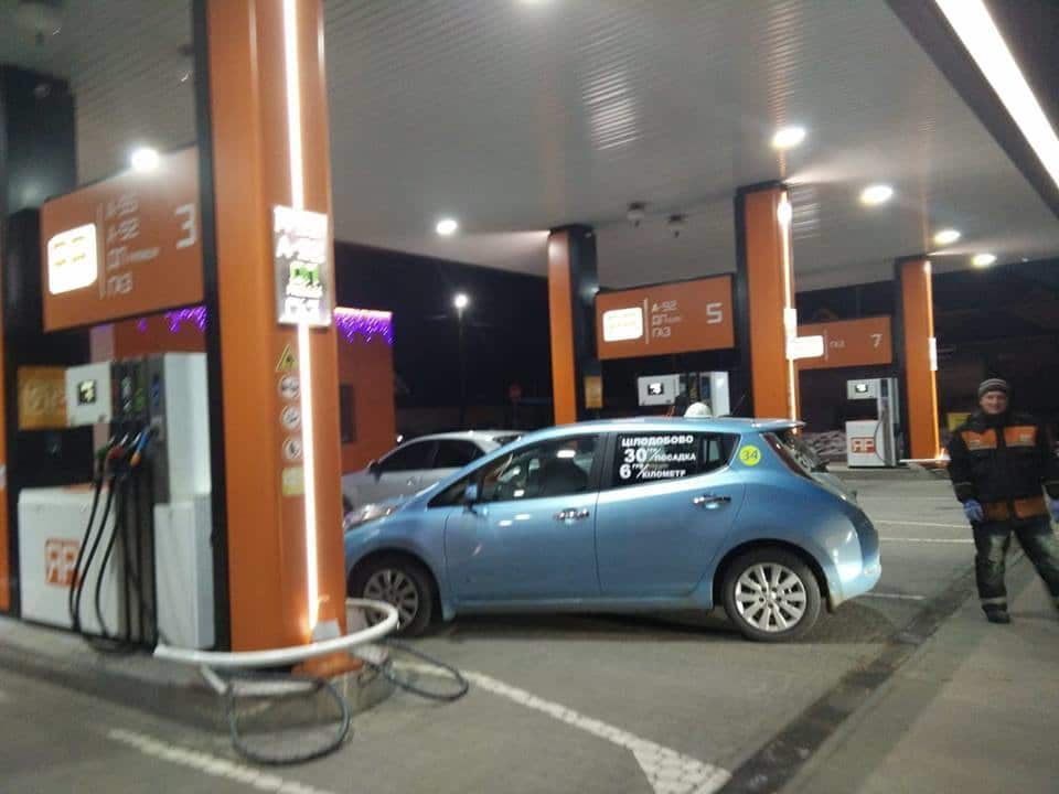 Электромобиль Nissan Leaf Украина