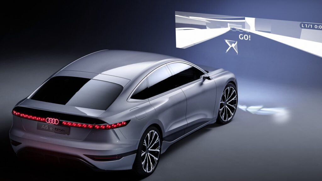 Auto Shanghai 2021 Audi A6 E-tron