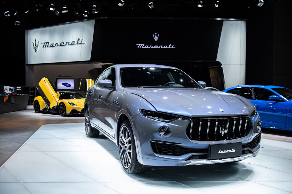 Гибридный кроссовер Levante Hybrid от Maserati