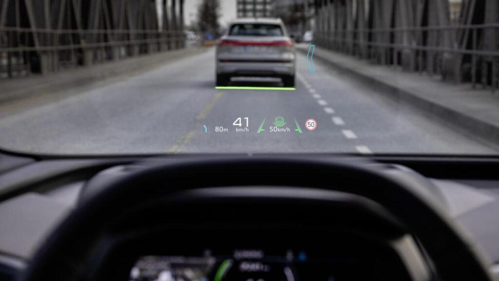 проекционный дисплей с дополненной реальностью Audi Q4 e-Tron