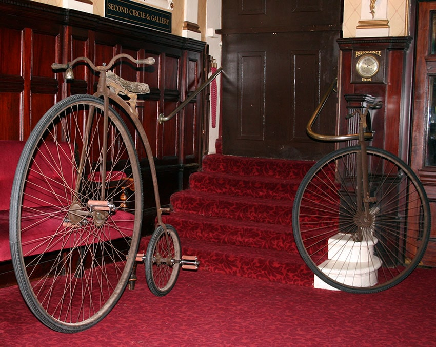 Пенни-фартинг и моноцикл, 1981 год
