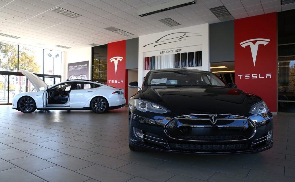 Отчет продаж Tesla 1 квартал 2021