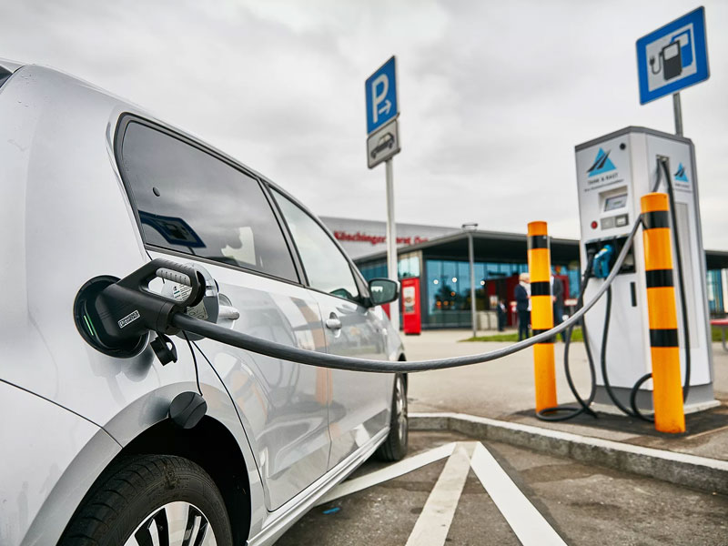 Цены на электромобили