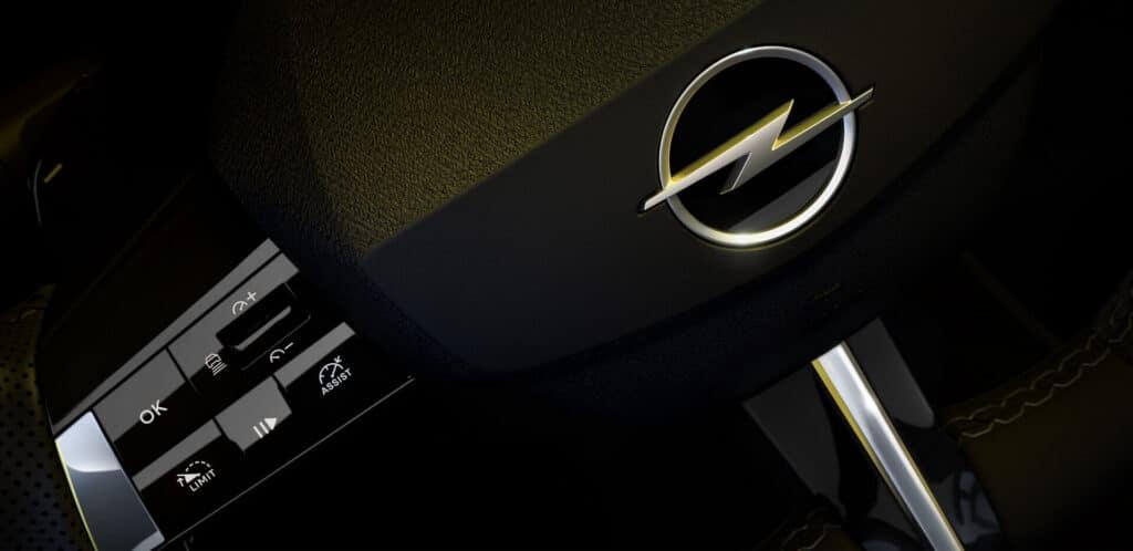 Opel Astra 2022 руль