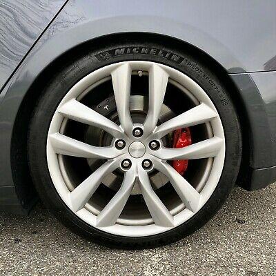 Tesla Model S Plaid диски Arachnid  21 дюйм и шины Michelin Pilot Sport 4S