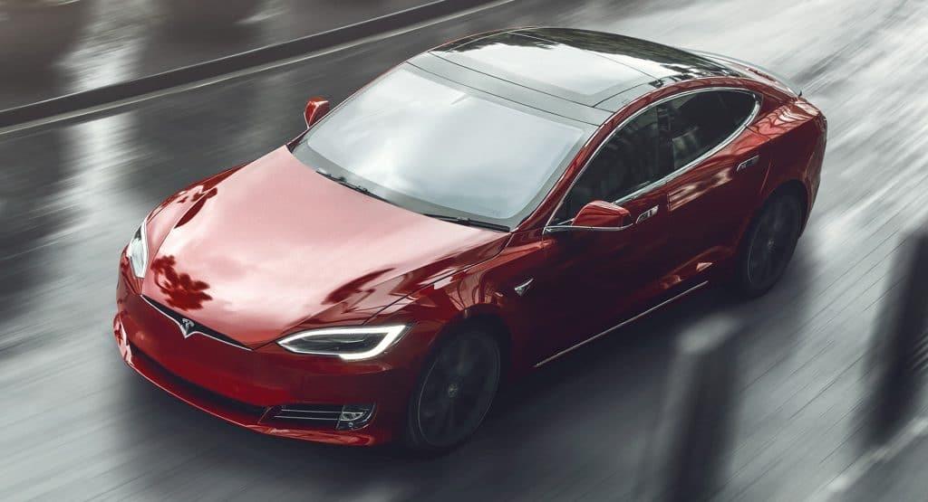 рекорд электромобиля Tesla Model S Plaid