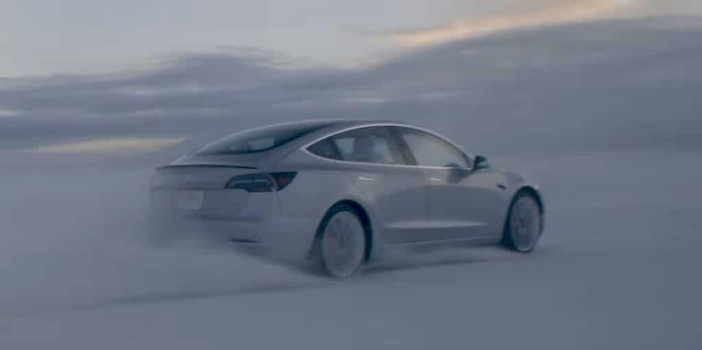 Как электромобиль работает зимой