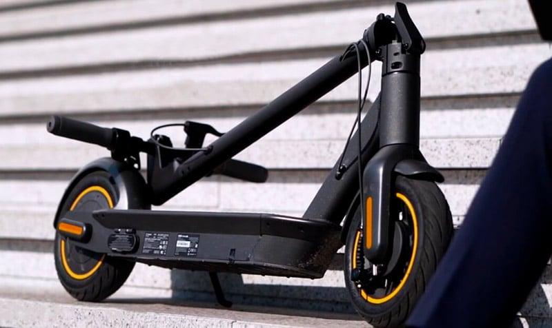 Складной электросамокат Ninebot Kick Scooter Max