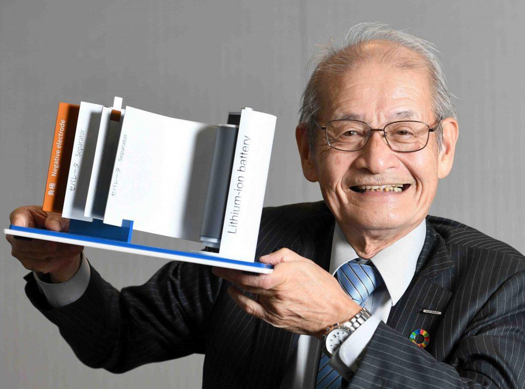 Акира Ёшино и его стабильные батареи для электромобилей