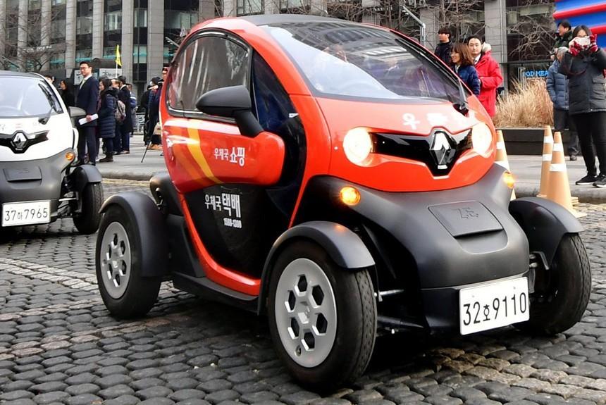 Дешевый электромобиль Renault Twizy