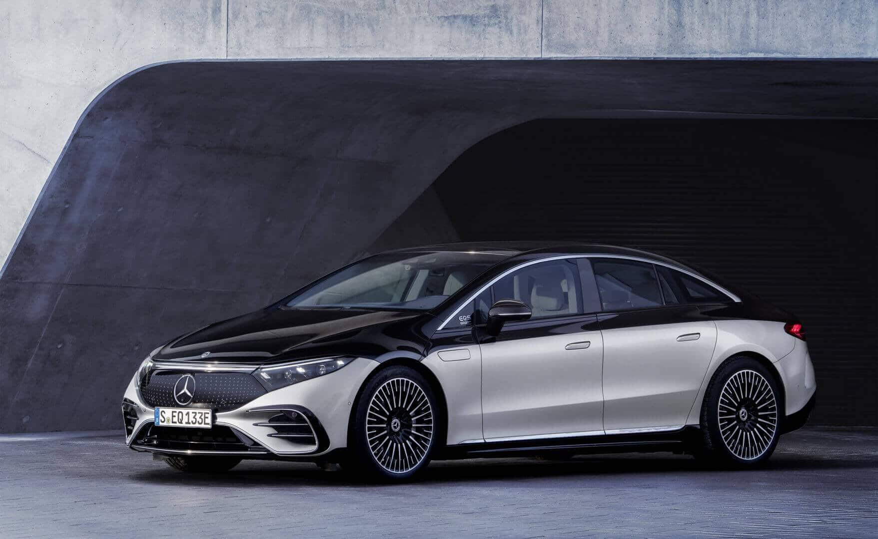 Электромобиль Mercedes-Benz EQS конфигуратор и цена