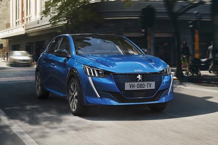 Самые дешевые электромобили Peugeot e-208