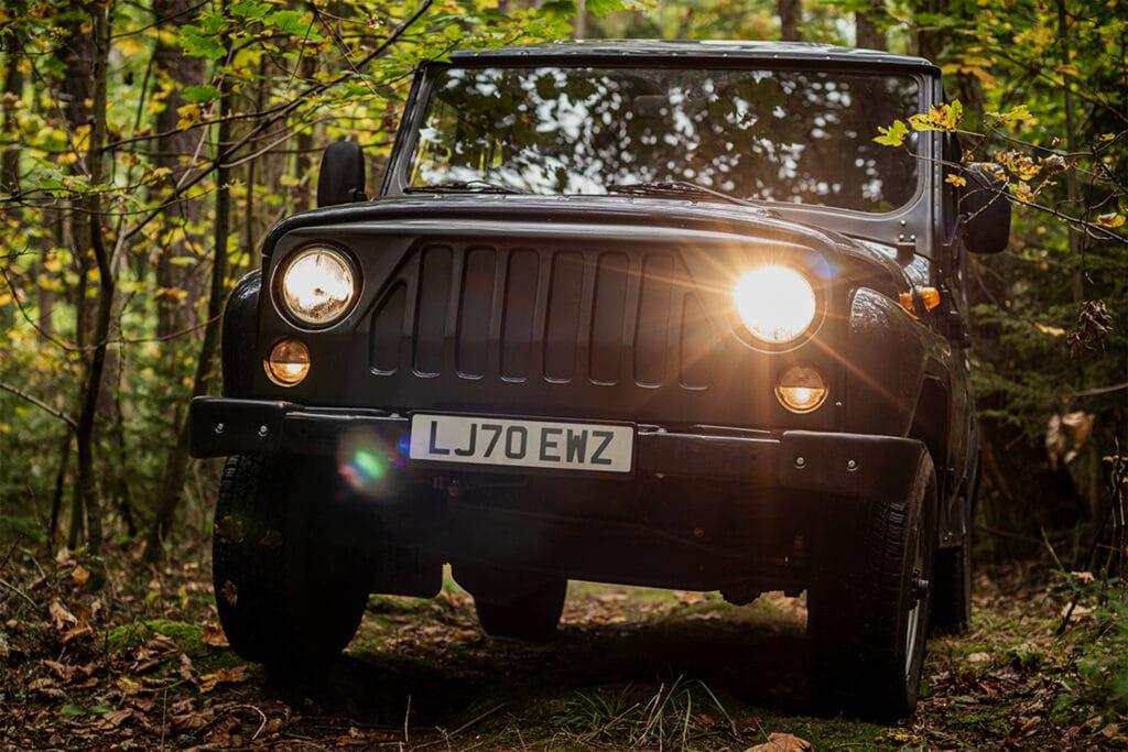 MV Motors выпустила электромобиль на базе «УАЗ Хантер» в Чехии