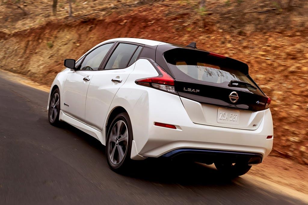 самые дешевые электромобили Nissan Leaf S