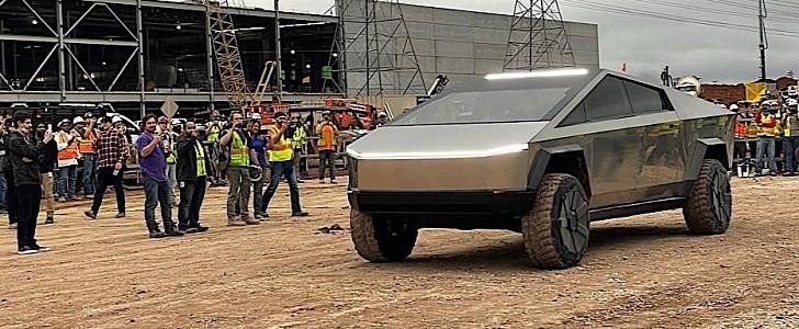 Производство Tesla Cybertruck перенесли на конец 2022