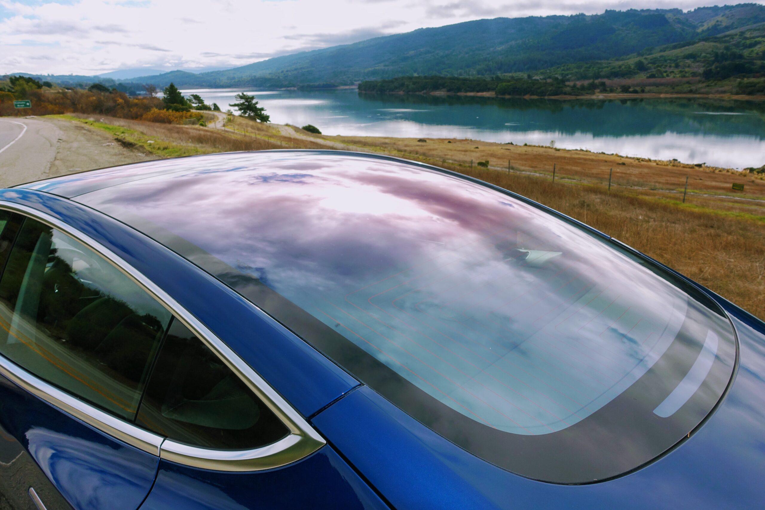 Tesla Glass стекло для электромобиля