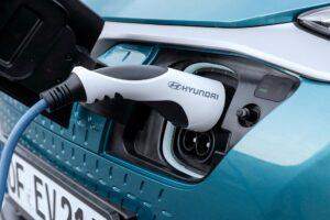 Hyundai Kona EV проблемы с батареей